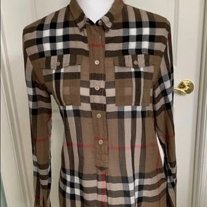 Burberry lightweight shirt size S